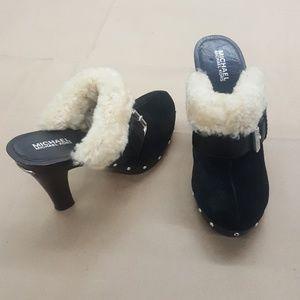 Michael Kors slip on with heel & fur lining Size:9